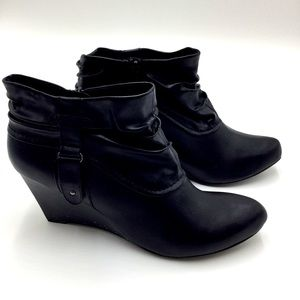 CALL IT SPRING| Black Wedge Ruched Bootie SZ 10